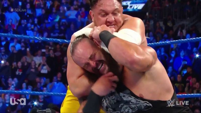 Tapping out to the opponent is a huge embarrassment for any wrestler!