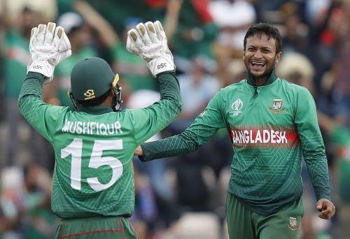 विकेट लेने के बाद शाकिब अल हसन