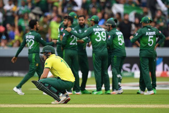 पाकिस्तान ने दक्षिण अफ्रीका को 49 रनों से हराया