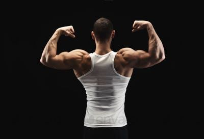 5 killer bodyweight workouts for strong and broad shoulders