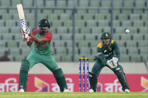 Shakib and de Kock will play a crucial role for their respective sides