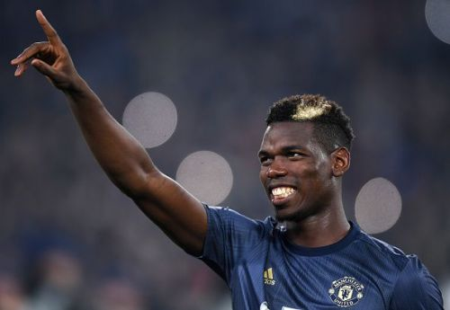 Pogba salutes the Juventus supporters ahead of their Champions League Group H fixture in Turin