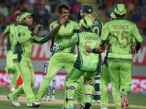 Pakistani team celebrating David Miller's wicket.