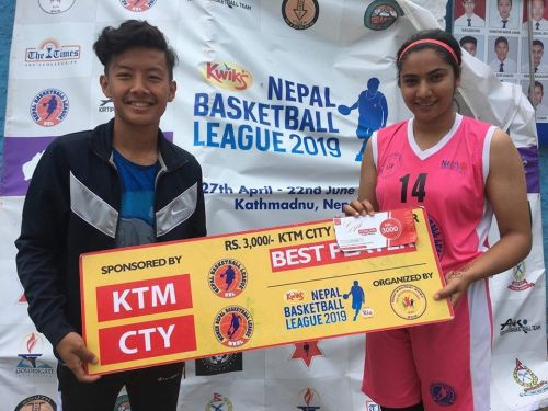 Samikshya Neupane (R) of Nepal Police Club was adjudged player of the match. She netted 12 points and collected 4 rebounds.