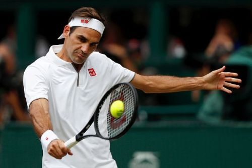 As pretty as it is deadly - the infamous Federer backhand