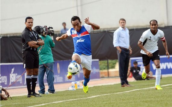 Beikhokhei Beingaichho in action for Bengaluru FC in their first season of I-League