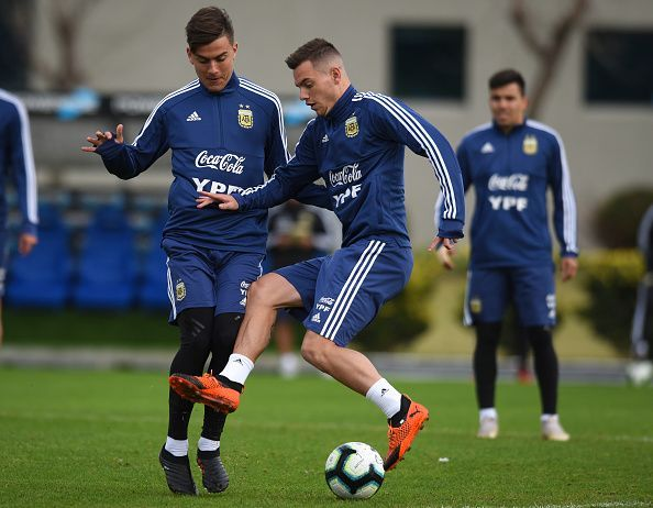 Juan Foyth trains with the Argentina squad.