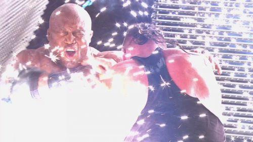 Strowman and Lashley on RAW