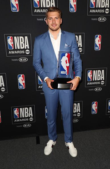 Luka Doncic with the 2019 Rookie of the Year Award