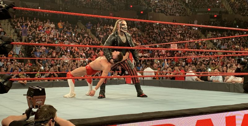 5 things you did not see on TV from WWE Raw