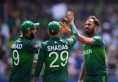 Pakistan players celebrating a wicket