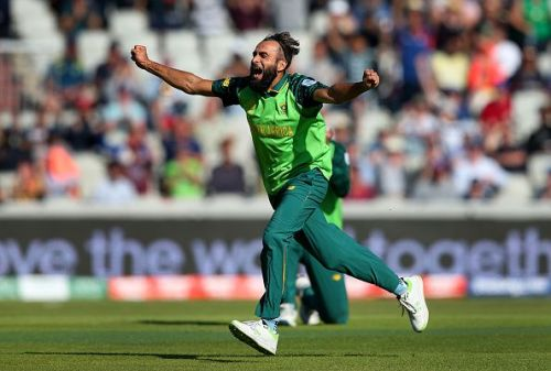Imran Tahir celebrating a wicket