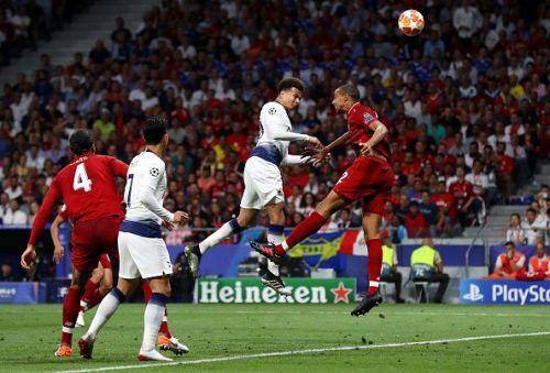 Tottenham's Alli leaps over LFC defender Matip in UCL Final