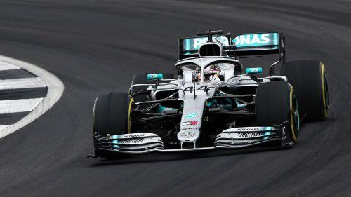 Lewis Hamilton Mercedes - cropped