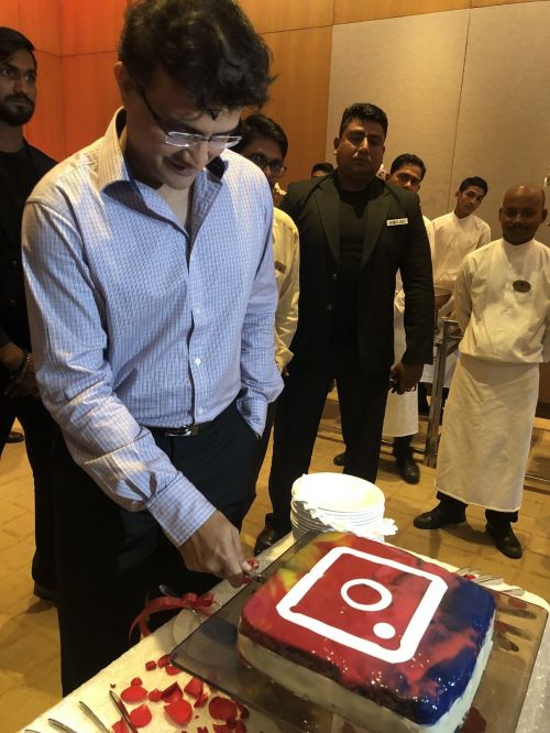 Sourav Ganguly cutting his birthday cake as he turns 47 and adds another 'innings' to his name