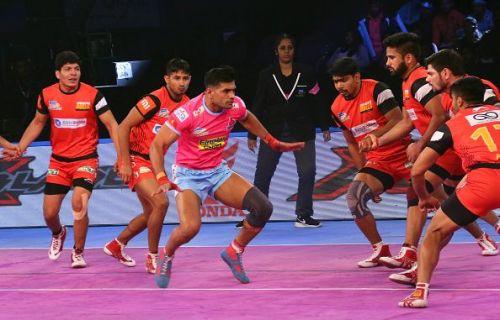 Jaipur Pink Panthers v Bengaluru Bulls in VIVO Pro Kabaddi Season VI - where the viewership numbers dropped