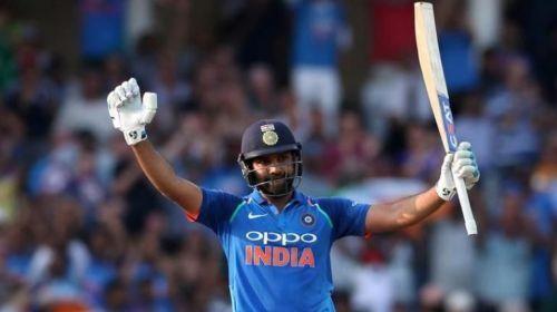 रोहित शर्मा के नाम विश्व कप में अब तक तीन शतक है