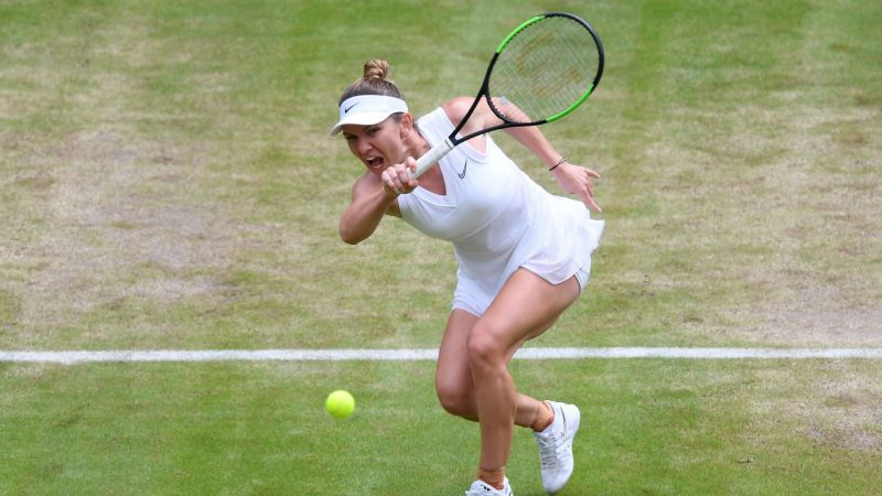 Simon Halep in action at Wimbledon