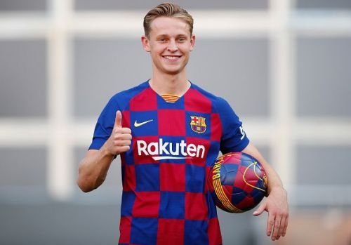 FC Barcelona Unveil New Player Frenkie de Jong