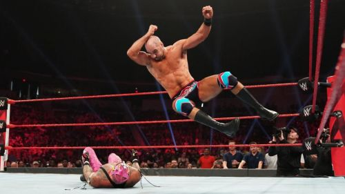 Cesaro showcases his diverse offence