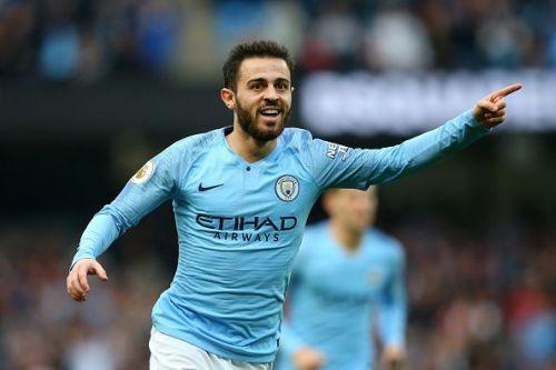 Bernardo Silva in action for Manchester City.