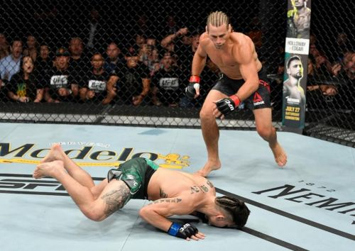 Urijah Faber made good on his return, stopping Ricky Simon in less than a minute