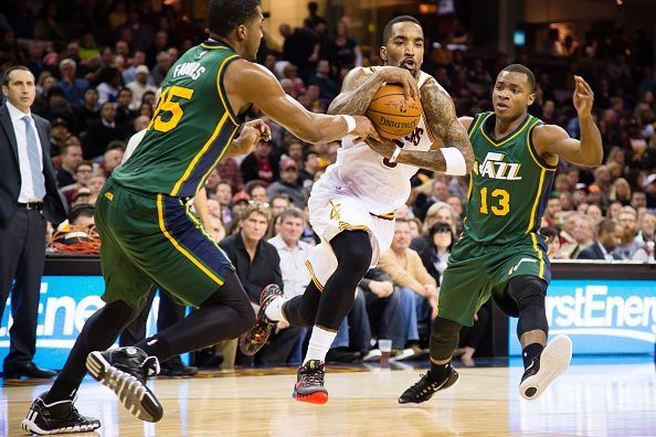 Utah Jazz traded Favors to free up cap space