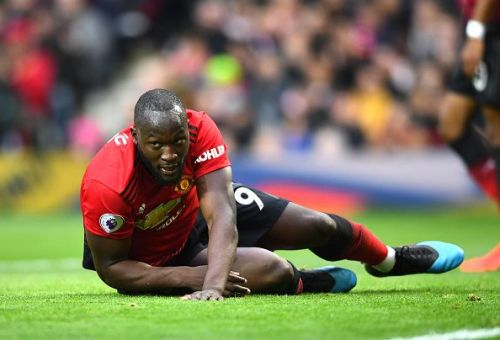 Romelu Lukaku in action for Manchester United - Premier League 2018-19