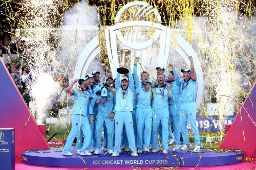 England lift the 2019 world cup