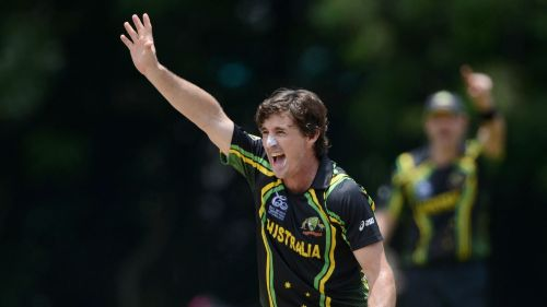 Brad Hogg chimed in on who he thought the better batsman was