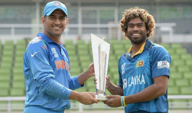 Former Indian skipper MS Dhoni and Sri Lankan skipper Lasith Malinga with the trophy
