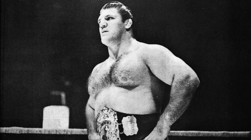 Bruno Sammartino had the longest title reign in WWE history.