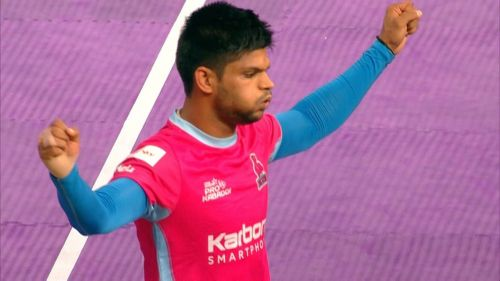 Amit Hooda represented Jaipur Pink Panthers in season 4.
