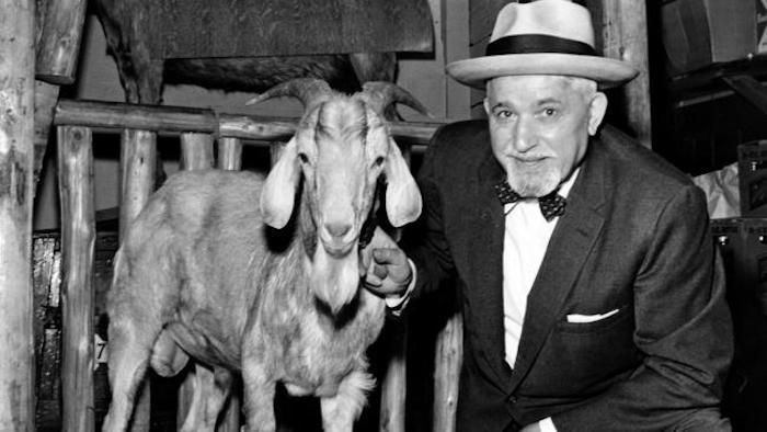 William Sianis and Murphy the Billy Goat. (Image source: usa.greekreporter.com).