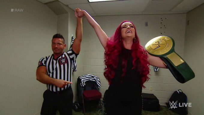 मारिया कैनेलिस (WWE 24/7 चैंपियन)