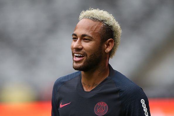Neymar is on the verge of a return to Barcelona