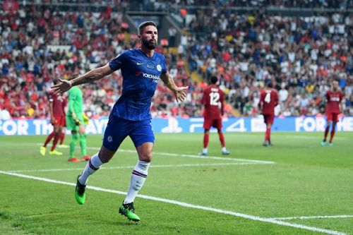 Giroud rejoices after his opener in Istanbul