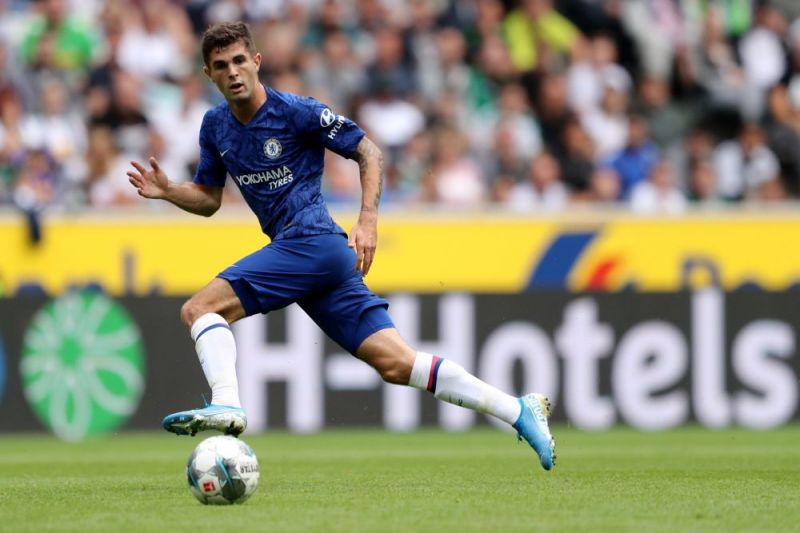 Christian Pulisic playing for Chelsea FC.