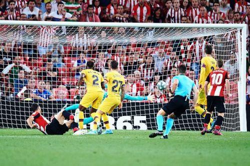 Aduriz's overhead kick turned Barca's La Liga start upside down
