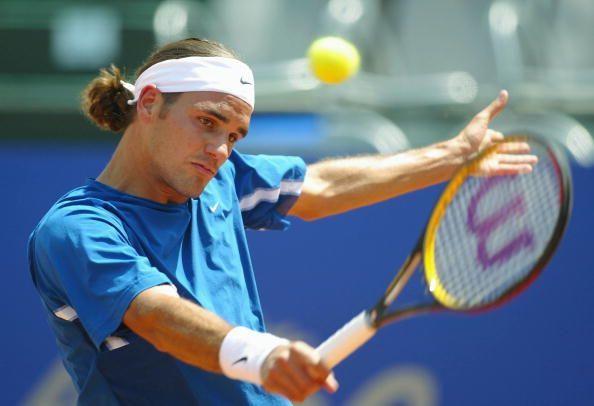 The aesthetic beauty of the single handed Federer backhand