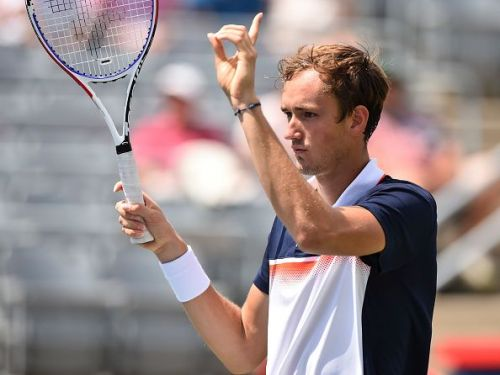 Medvedev acknowledges the crowd following his third straight win at 2019 Montreal