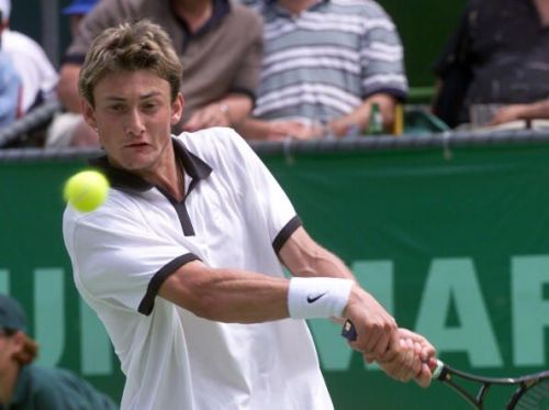 Juan Carlos Ferrero dealt Federer his only third-round exit at the US Open in 2000