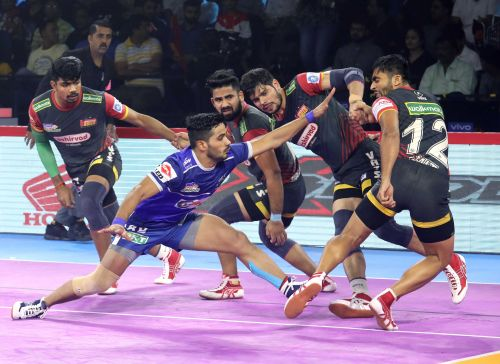 Vikas Kandola picked up a Super 10 against the Bengaluru Bulls
