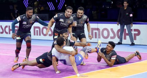 U Mumba's defence outplayed the Tamil Thalaivas raiders getting some crucial stops