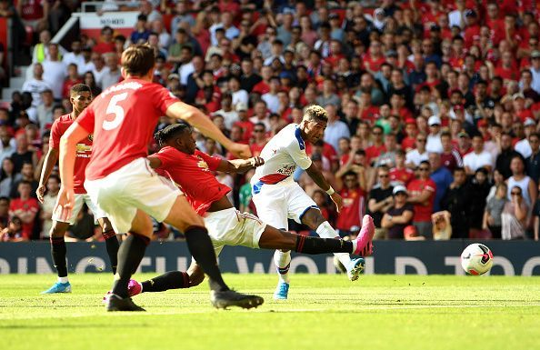 van Aanholt was left unmarked prior to scoring the second goal for Crystal Palace