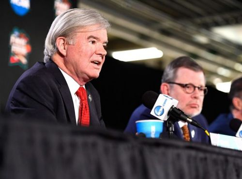 NCAA President Mark Emmert (left) and Eric Kaler, chairman of the NCAA's board of directors.