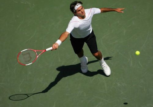 Federer in action at the 2006 Rogers Cup in Toronto