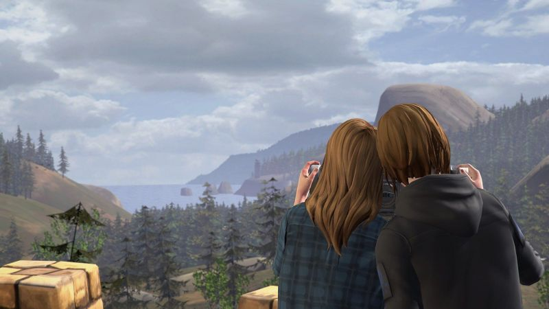 Chloe Price and Rachel Amber in LIS