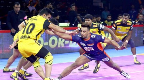 Maninder Singh has remained composed as a captain and led his team in the offense.