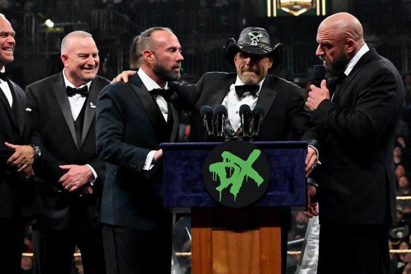 X-Pac at the WWE Hall of Fame ceremony with the rest of DX
